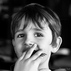 O-03 (laurent.smet) Tags: enfants portrait portraitsenextérieur pâques portraiture children noirblanc blackwhite laurentsmetphotographies