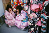 Japan 2018 (SimonSawSunlight) Tags: kyoto kyotokimono japaneseyouth youthandculture kimono sakuraseason springtime colour colourful japaneseshrine laugh streetphotography street streetlife streetsofjapan japan nippon leica leicam2 analoguephotography superia400 colourfilm 35mm colorskopar observeandlearn streetstyle simonbecker 35mmultras