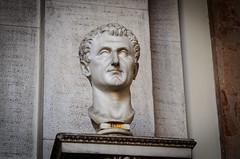 Büste des Julius Caesar (Markus Wollny) Tags: city vatikan rom cittàdelvaticano vatikanstadt it