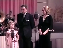 "Shirley Temple, Jack Haley, Alice Faye, ""Poor Little Rich Girl"" 1936 (classic_film) Tags: 1936 film shirleytemple poorlittlerichgirl movie thirties 1930s musical musik music música hollywood cine cinema película nostalgic nostalgia época old classic clásico child kid girl blonde hair hairstyle vintage retro oll america american añejo alt fashion celebrity alicefaye singer aktrice actress actrice actriz dancer beautiful beauty schön woman hübschesmädchen hübschefrau mujerbonita mujer frau clothing wardrobe ropa kleidung jackhaley man actor aktor acteur akteur atriz pretty prettygirl sexy sensuous schauspielerin lady"