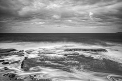 Swell time at Barrack Point... (e0nn) Tags: steveselbyphotography steev steveselby pentax pentaxk1 ricoh hdpentaxdfa2470mmf28edsdmwr nisifilters leendgrad zomei ocean water waves mono longexposure smooth shellharbour visitshellharbour luminar2018 skylum