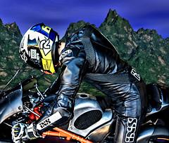 RACER GUY (driver Photographer) Tags: 摩托车,皮革,川崎,雅马哈,杜卡迪,本田,艾普瑞利亚,铃木, オートバイ、革、川崎、ヤマハ、ドゥカティ、ホンダ、アプリリア、スズキ、 aprilia cagiva honda kawasaki husqvarna ktm simson suzuki yamaha ducati daytona buell motoguzzi triumph bmv driver motorcycle leathers dainese motorcyclist motorrrad