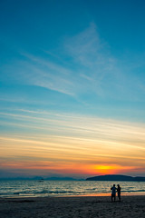 Sunset time (skweeky ツ) Tags: thailand thailande aonang ao nang beach sunset plage people vertical