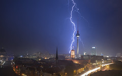 Thunder over Berlin (Light Levels Photoworks) Tags: thunder thunderstorm gewitter berlin berliner architecture architektur allemagne adventure atmosphere alexanderplatz bärlin city cityscape citylights d750 deutschland dom europe europa earth fernsehturm germany landscape landschaft lights moment mitte nikon nikkor nightshot night nacht nebel dusk dust perspectives paysage photography perspektive stadt street streets skyline skyscraper time travel tower tv turm urban view viewpoints voyage vero world wetter wolken weather