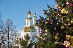 Christmas Diveevo. (svyat27k) Tags: orthodoxy church christmas diveevo monastery serafimodiveevsky spruce trappings nizhnynovgorodoblast holyplace