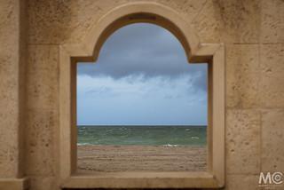 Frame beach