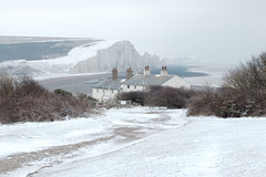Snow white and the seven sisters (FofR) Tags: snow sevensisters sussex cliffs england uk beach cold winter longexposure classic whitecliffs white snowy cottage cottages frozen