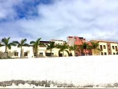 """""""Recorte"""" (atempviatja) Tags: tenerife puertodelacruz ciudad nubes cielo vistas color fachadas muro recorte"""