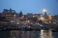 Cremations at Manikarnika Ghat (Iam Marjon Bleeker) Tags: india varanasi uttarpradesh ganges cremations ritual 24hoursaday dayandnight 200cremationsaday boat bluehour dag15md0c9779g manikarnikaghat