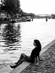 Ile de la Cité (Nathanaël Photo) Tags: 75001 cheveuxlongs france iledelacité juliecostanza modèle paris parisbyelles uneseulefemme