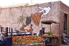 Street scene in Marrakesh (Ivo L.) Tags: morocco marrakesh oranges fruits street vendor scene art