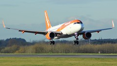 OE-IVB (AnDyMHoLdEn) Tags: easyjet a320 egcc airport manchester manchesterairport 05r