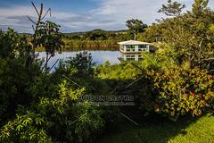 Salão de Festas (Judson Castro) Tags: lago hotelfazenda espelhodagua reflexo teresópolis pousadamonjolo salãodefestas céu monocromático
