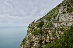 The corner house (somabiswas) Tags: mountains landscape cliff amalfi coast drive italy