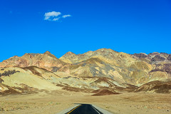 20180314_Death_Valley_090 (petamini_pix) Tags: california deathvalley deathvalleynationalpark desert landscape artistspalette artistspalettedrive mountains road colorful hills mountain