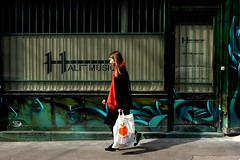Music ( serie walkers ) (Jean-Marc Vernier) Tags: walk streetview streetwalk streetphotography streetphotographer street urban city fujifilm fujixt20