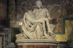 Michelangelos römische Pietà (Markus Wollny) Tags: city vatikan rom cittàdelvaticano vatikanstadt it