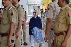 Hillary Clinton fractures wrist in India fall: reports (psbsve) Tags: noticias curioso movie interesante video news imágenes world mundo información política peliculas sucesos acontecimientos entertainment
