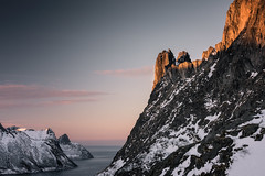 Peaks of Senja (eriknst) Tags: landscape mountains senja mountain sunset fjord winter norway norwegen north snow alpenglow ocean sea arctic nikon tamron 70200 hiking exploring travel last light photography peaks sirui sigma polarizer ersfjord fjordgård