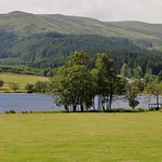 Vue sur le Loch Achray, Trossachs,  Stirlingshire, Stirling and Falkirk, Ecosse, Royaume-Uni. thumbnail
