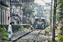 Competing For Space (channel packet) Tags: india kolkata train transport city housing railway railroad davidhill