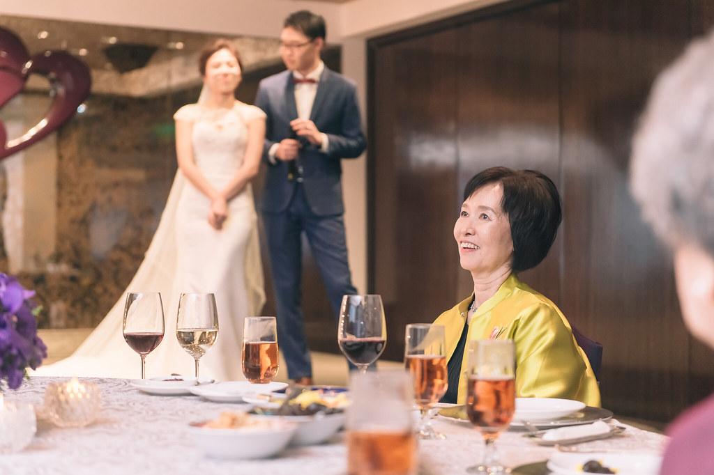 紅布朗攝影,婚禮紀錄,自主婚紗,世貿三三