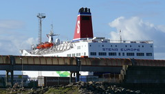18 04 07 Stena Europe at Rosslare (1) (pghcork) Tags: stenaline stenaeurope stenahorizon rosslare ferry ferries wexford ireland carferry 2018