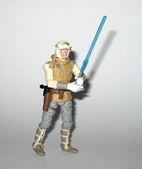 luke skywalker hoth outfit star wars the black series 3.75 inch basic action figures episode 5 the empire strikes back 2014 hasbro k (tjparkside) Tags: luke skywalker hoth battle gear outfit star wars black series tbs 375 inch basic action figure figures hasbro 02 2014 ice planet episode v five 5 tesb esb empire strikes back blaster pistol lightsaber hilt holster snow wampa taun scarf goggles scar collar mosc