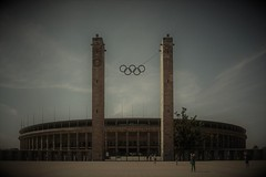 Olimpiastadion - Berlino (Andreas Laimer) Tags: berlino germania contrasto stadi sony nex6 vintage sonyflickraward