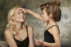 Family Photography - Mother & Daughter Makeup (vanitystudiosphotography) Tags: family familyphotography female girl mother daughter motherdaughter colour freetouse creativecommons stockphoto stockimage photography makeup girly mum child applying pretty beauty beautiful