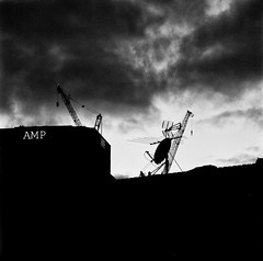 AMP  (Film) (Harald Philipp) Tags: dark sunset skyline city hasselblad 503 pro400h amp crane antenna auckland 250mm sonnar zeiss clouds brooding 6x6 66 120 film