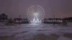 La Grande Roue de Paris (pourkoiaps) Tags: parisbynight paris france symétrie hiver neige jardin tuileries roue 1635mmf4 nikond750 nikonfx