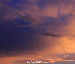 Tarde de nubes, un espectáculo al atardecer (Las Fotos de Rafa Yanes) Tags: landscape light nature red sky background beautiful blue cloud clouds cloudscape color cumulus day environment heaven idyllic outdoors scenery scenic season summer sun sunlight sunny sunset sunshine view weather
