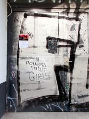 Power to the girls (h.d.lange) Tags: berlin friedrichshain graffiti tür powertothegirls hauseingang