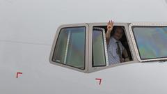 ZRH - Swiss Boeing 777-300 Pilot Waving (Eyal Zarrad) Tags: b773 lszh pilotwaving swiss zurich aircraftairportaviationairlineairlinesaeroplaneavioneyalzarradairplanespottingavgeekspotterairlinerairlinersdslrflughafenplanespottingplanetransportationtransportphotographyaviationaeropuerto2018canon7dmk2jetjetlinerzrhswitz pilot