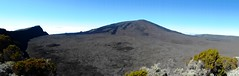 looking down to the lava plain and toward Piton de la Fournaise