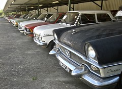 More Classics as far you can see... (ClassicsOnTheStreet) Tags: autorujo oldtimergarage classiccars garage oldtimerhandel trader 6693bg ford escort fordescort do3628 peugeot 404 peugeot404 1974 mercedesbenz w115 220d 1973 205 turbo16evo2 heuliez rallyecar 198486 renault r4 60s 1960s 70s 1970s 80s 1980s classic classiccar oldtimer klassieker classico veteran gespot spotted carspot bragança castrodeavelãs avenidadevinhais n103 portugal 2017 straatfoto streetphoto straatbeeld strassenszene classicsonthestreet