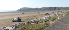 Cars on Brean Sands (andreboeni) Tags: somerset brean sands beach bristolchannel coast sand