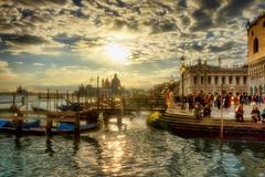 La Belle Dame Sans Regrets (Gio_ guarda_le_stelle) Tags: venice venise venezia tramonto sera evening italy italia sunset clouds water sky laguna veneto cityscape classic view