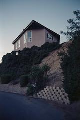 Triangular evening (ADMurr) Tags: la hollywood hills beachwood triangles mauve leica m6 kodak 200 50mm summicron film ccc410
