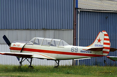 Yakovlev Yak-52 ~ RA-01281K / 69 (Aero.passion DBC-1) Tags: spotting lognes 2005 dbc1 david biscove aeropassion avion aircraft aviation plane yakovlev yak52 ~ ra01281k