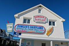 Dumser's Dairyland, Ocean City, MD (Robby Virus) Tags: oceancity maryland md sign signage dumsers dairy land dairyland ice cream soft serve cones boardwalk food neon