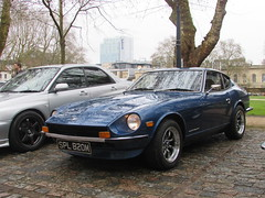 Datsun 240Z SPL820M (Andrew 2.8i) Tags: queen queens square bristol breakfast club show meet car cars classic jap japanese sports coupe sportscar nissan 240 240z datsun z fairlady