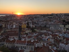 Lisboa Sunset (qatbart) Tags: portugal lisbon lisboa sunset city skyline rooftops