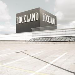 ROCKLAND (jany m) Tags: newtopographics emptiness emptyspace sign mundane banal landscape paysage enseigne centrecommercial