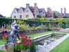 Packwood House (Diepflingerbahn) Tags: packwoodhouse gardens tudormanorhouse grade1listed lapworth warwickshire chimney