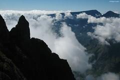 Le piton Maïdo (philippeguillot21) Tags: cirque mafate maïdo saintpaul rocheecrite cimendef nuage cloud réunion france outremer indianocean africa pixelistes nikon