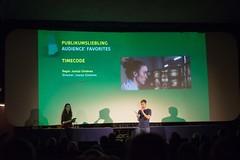 Der Kinokneipen-Publikumspreis geht an TIMECODE von Juanjo Giménez.