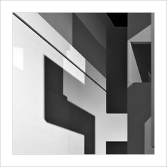 Abstracció IV / Abstraction IV (ximo rosell) Tags: ximorosell bn blackandwhite blancoynegro bw buildings arquitectura architecture abstract abstracció llum luz light llums nikon d750 squares spain cuadrado