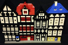 Tudor 4 house (GoodPlay2) Tags: original early shop promotional item promo 60s old vintage lego rare